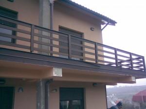 balustrada-exterioara-lemn-2
